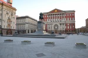 Площадь Дмитрия Донского